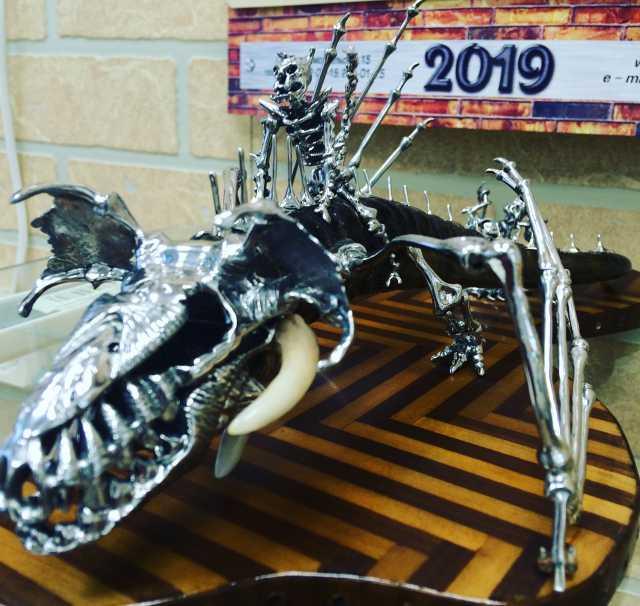 Продам: Скелетон дракон