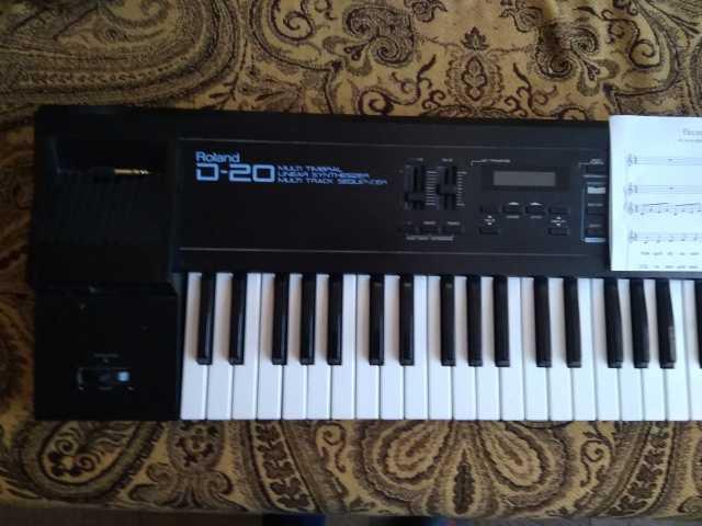 Продам: Электронное пианино