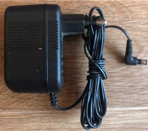 Продам: Amigo AM-091000AV блок питания