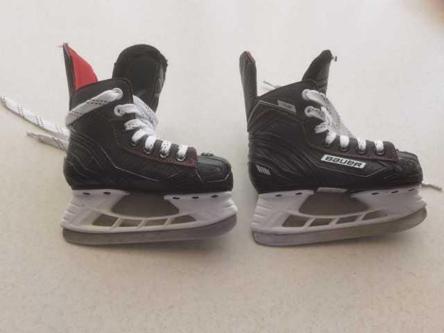 Продам: Хоккейные детские коньки бауер