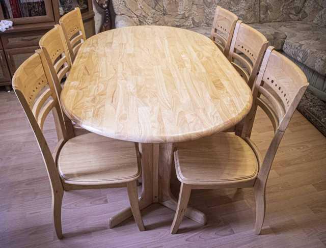 Продам: Стол столовый со стульями