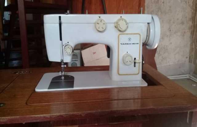 Продам: швейную машинку