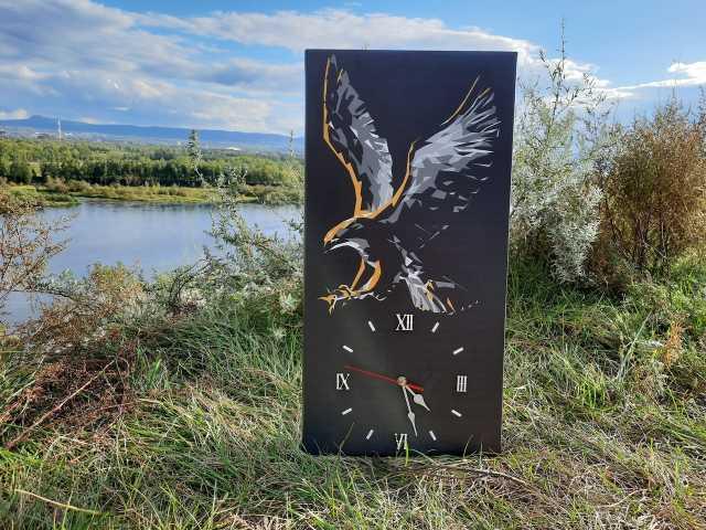 """Продам: Настенные часы """"Полёт"""""""