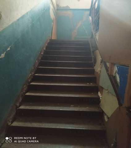 Продам: старинная лестница