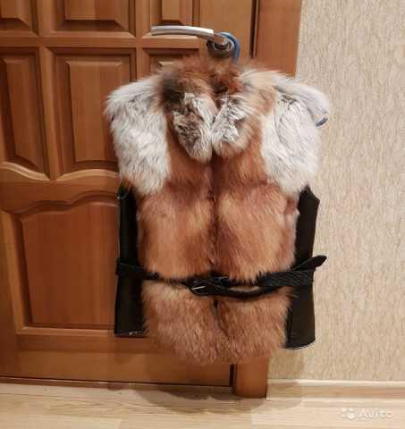 Продам: Жилет из меха лисы