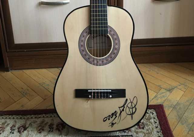 Продам: классическую гитару