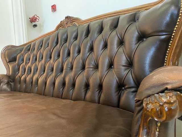 Продам: Исторический диван