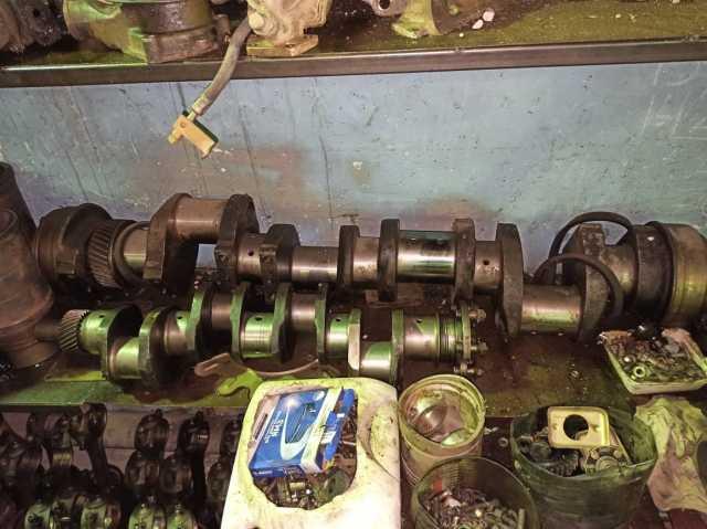 Продам: Коленвал двигателя 8ДВТ-330 для Т-330