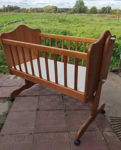 Продам: Кроватка -люлька деревянная детская