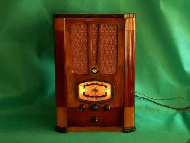 Куплю: Куплю радиоприёмник СВД-9, СВД-М СВД-1