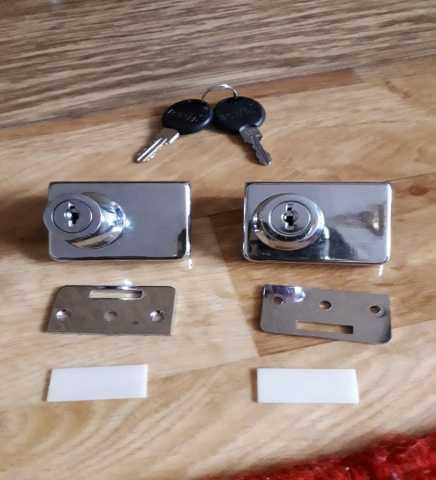 Продам: Замочки на дверки,новые,2 ключика