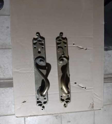 Продам: дверные ручки старинные