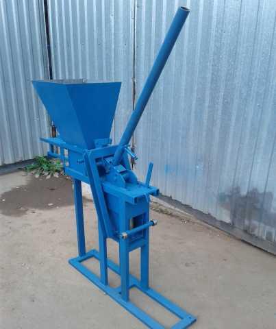 Продам: Механический станок для лего кирпича