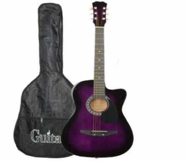 Продам: Гитара в чехле