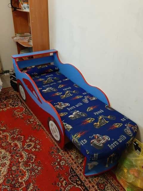 Продам: Кровать машина