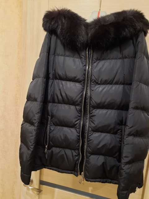 Продам: Куртка Prada. Оригинал. 46 р-р