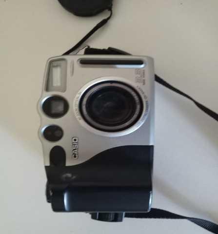Продам: Фотоаппараты и видеокамера