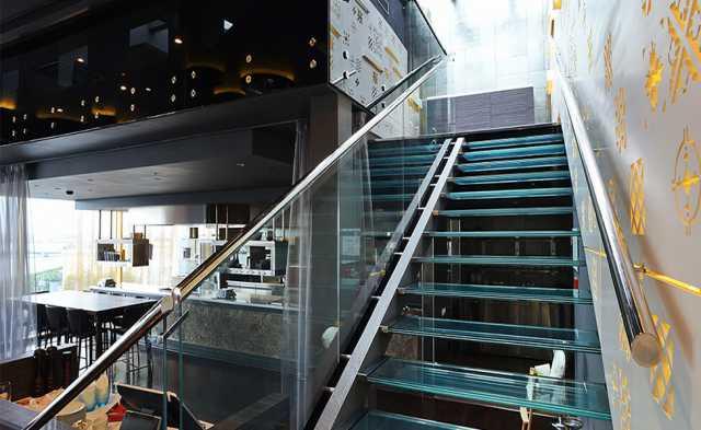 Продам: Лестницы из Стекла E1