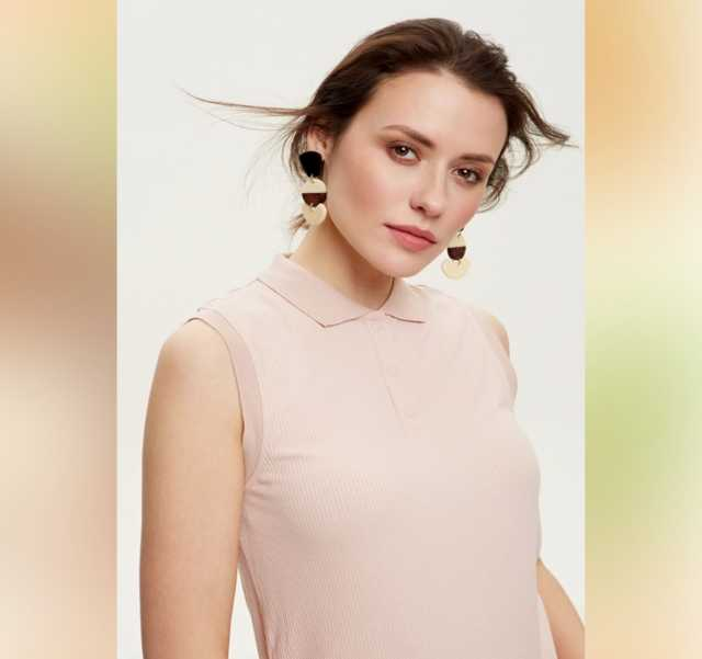 Продам: Трикотажная блузка без рукавов