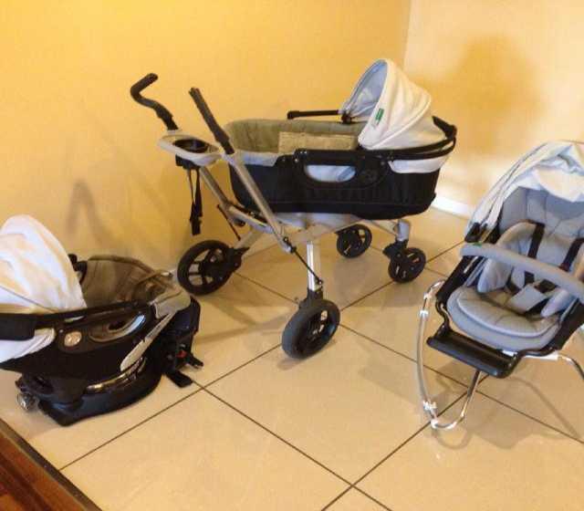 Продам: новую детскую коляску
