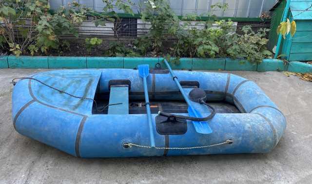 Продам: Надувная лодка Omega 2