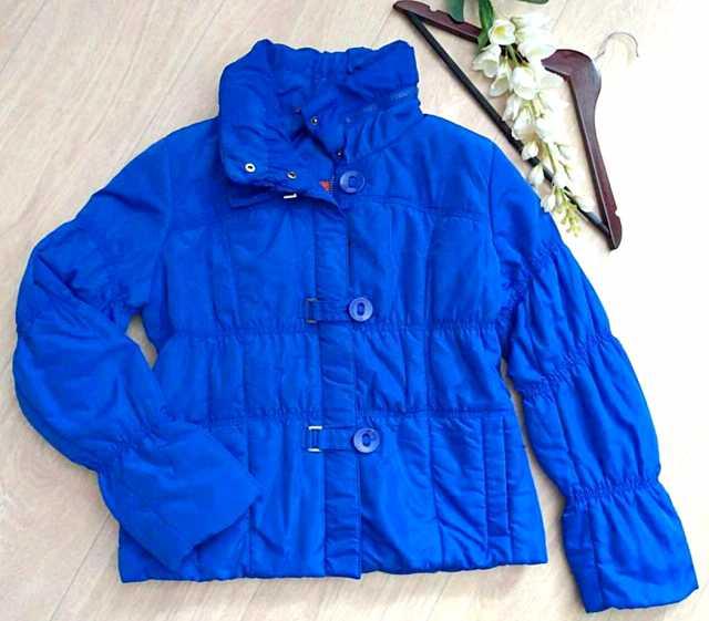 Продам: Демисезонную куртку