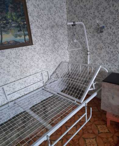 Продам: Кровать медицинская функциональная