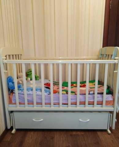Продам: Продам детску кроватку