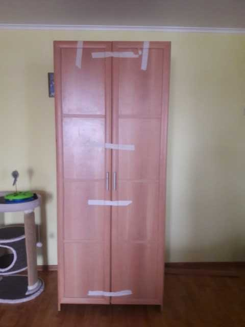 Продам: Платяной шкаф