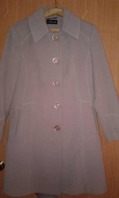Продам: Пальто осень-весна