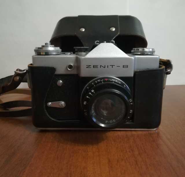 Продам: Советский пленочный фотоаппарат