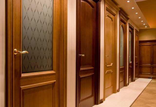 Продам: Двери межкомнатные, входные. Фурнитура