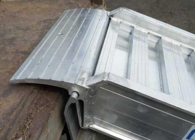 Продам: Погрузочные аппарели 7100 кг