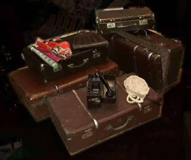 Продам: Довоенные чемоданы
