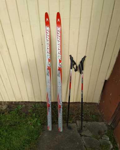 Продам: Лыжи беговые 140см (детские)