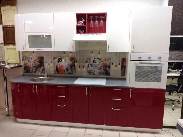 Продам: Кухня с образца
