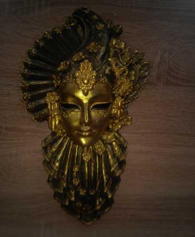 Продам: Венецианская маска Рубин