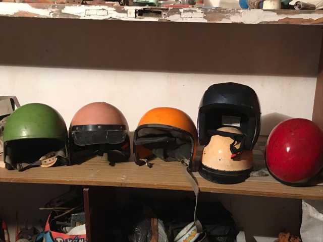 Продам: шлемы