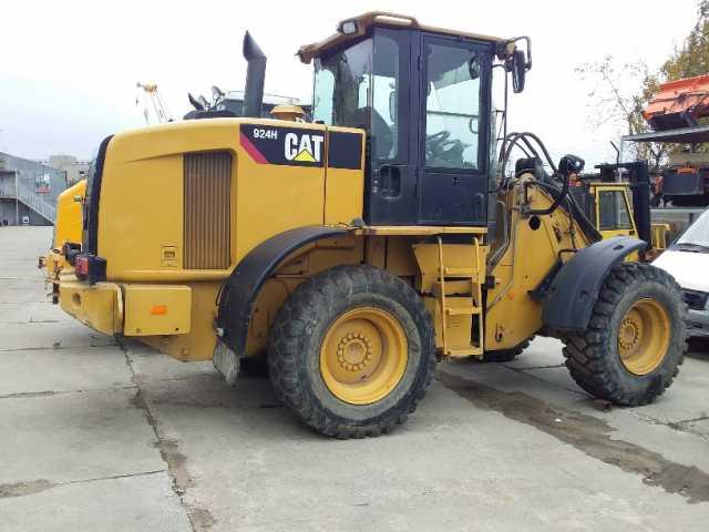 Продам: CAT 924