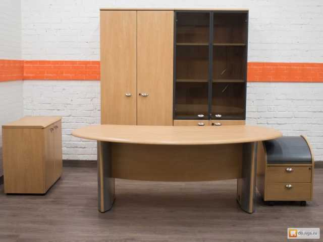 Куплю: Стулья и офисные кресла