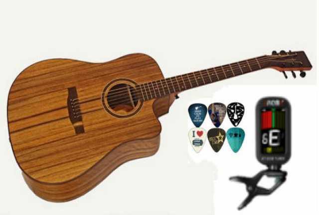 Продам: Акустическая гитара с тюнером и медиатор