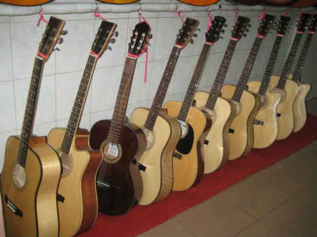 """Продам: Гитары """"deep sound"""""""