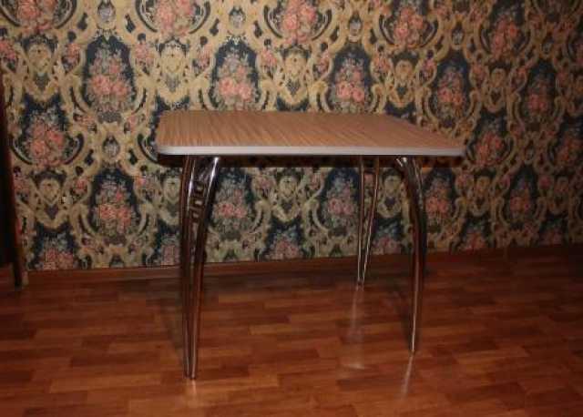 Продам: стол хромированный