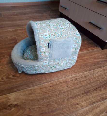 Продам: Домик для кошки в г. Губкин