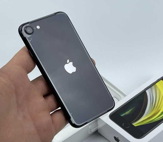 Продам: Iphone SE 2020