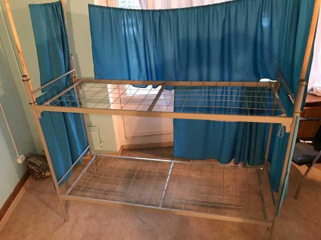 Продам: двух-ярусные металлические кровати