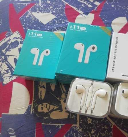 Продам: Оригинальные беспроводные наушники i11 и