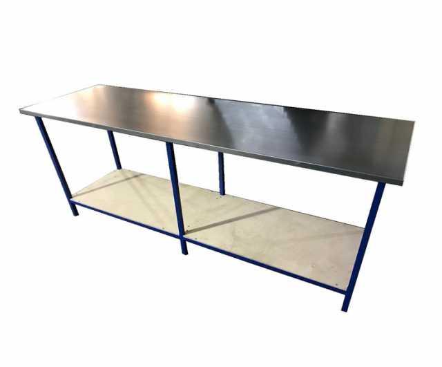 Продам: Слесарный стол c оцинкованной столешнице