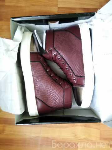 Продам: Унисекс новая вес-яя пара обуви бренда
