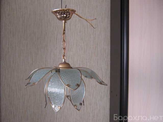 """Продам: Люстра """"Лилия"""" на 1 лампу"""